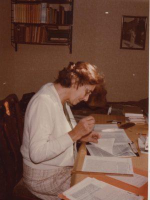 PW1a. (ID268) Munira van Voorst van Beest, No. 34 1989